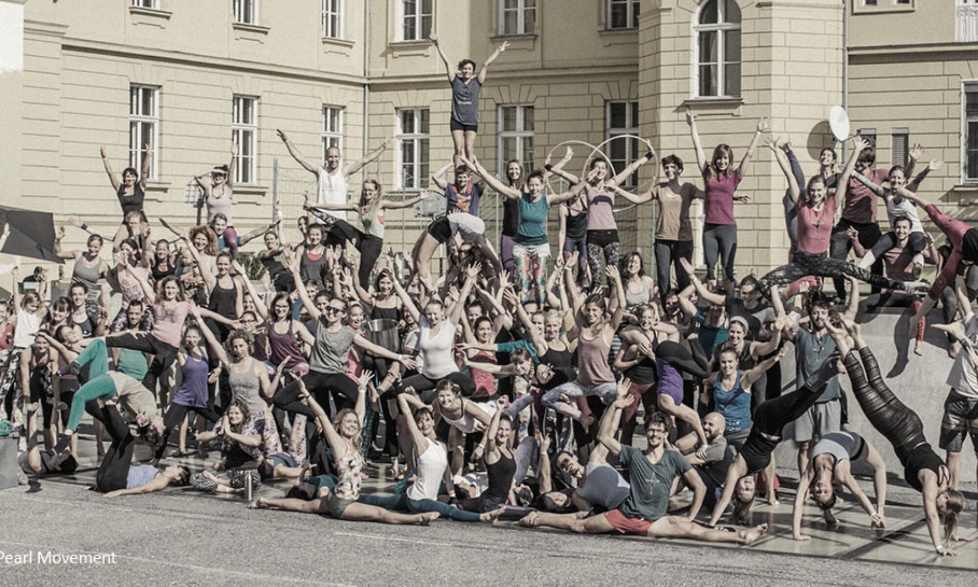 Akrosphäre - lifting people
